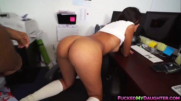 Image Follando duro en la oficina con Victoria Valencia