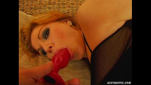 Ass Traffic Fresh girl goes ass to mouth with three big dicks
