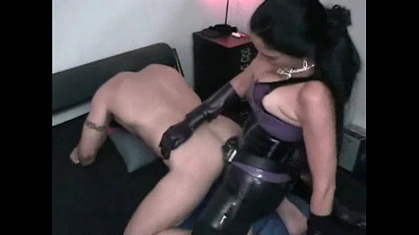 Mistress Rivera giant strapon