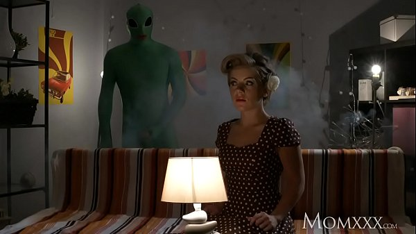 MOM Lonely housewife gets deep probe from alien...