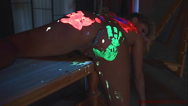 XDOMINANT 013 - SLAVEGIRL IS LAYING ON THE TABE AFTER HARD SEX SMEARED IN PAINTS