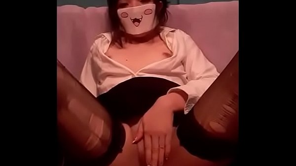 SEXY SECRETARY MASTURBATES WHILE DOING HER WORK
