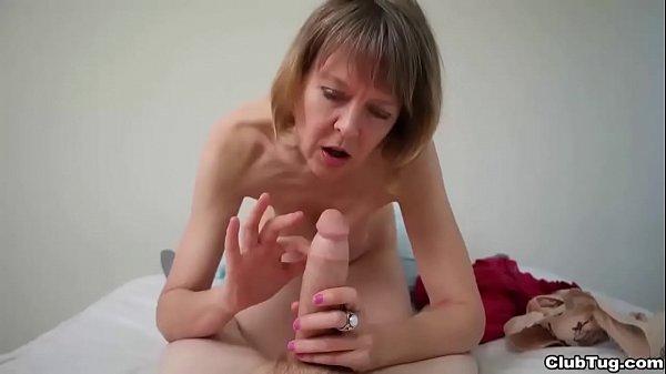 clubtug-Naughty granny POV handjob