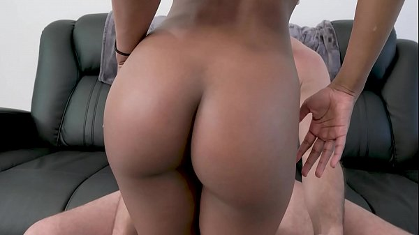Hot black babe gets fucked real hard Thumb