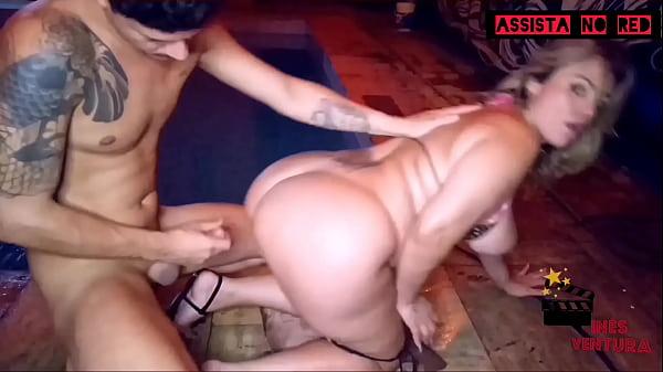 Pool party with Samuka Ventura
