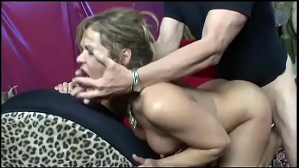 Milf gives him a foot job with her toes after being drilled