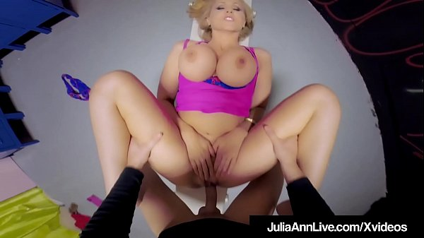 Hot Mommy Julia Ann Gets Mature Pussy Fucked & ...