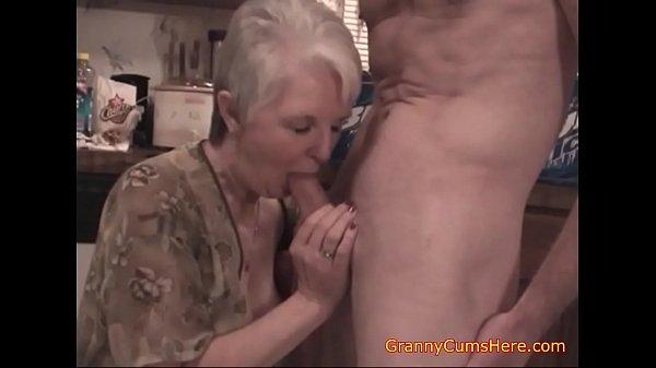 Whoring  Granny SLUTS Thumb