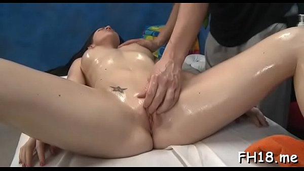Dick sucking by a inviting diva Kendall Karson