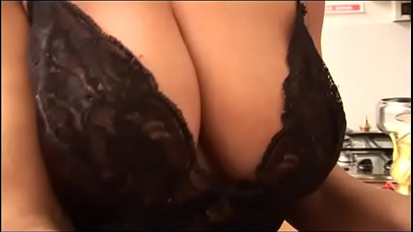 Nasty hot Milf with Epic Boobs!
