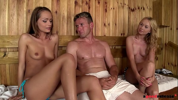 Sauna sweeties Sophie Lynx & Lina Napoli go anal on dude's thick cock Thumb