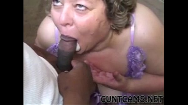 Granny Offered a BBC - More at cuntcams.net