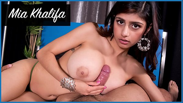 BANGBROS - Mia Khalifa Looks Stunning As She Gets Her Arab Pussy Stretched By Carlo Carrera Thumb