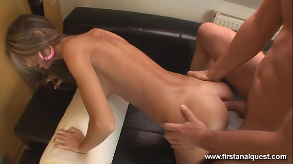 Russian model Nessa Devil lost anal virginity