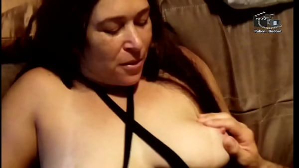 They put the roll in the aunt who sold yogurt, she loved doing DP with her naughty colleagues. (Complete on Xvideos Red) Thumb