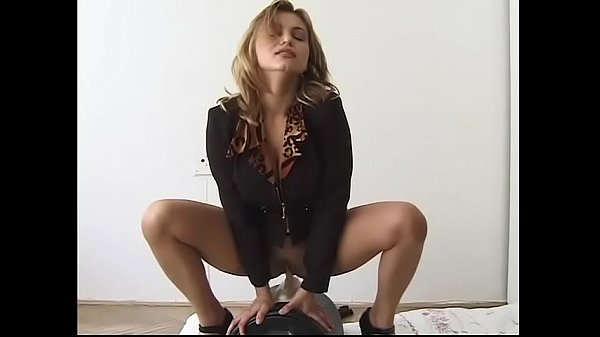 Ellen (Elena Nikulina) - Riding the Sybian