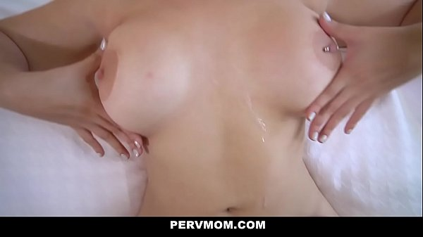 PervMom - Hot MILF (Lasirena69) Gets Dicked Dow...