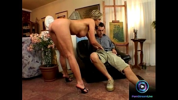 Nude model Caroline Cage and her painter backdo...