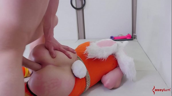 Submissive blonde bunny girls gets her asshole punished Thumb
