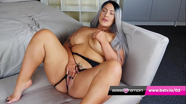 Babestation BBW hottie Danielle Louise plays with her pussy Thumb
