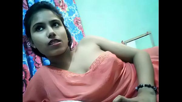Indian hoty on cam for sexycam4u.com