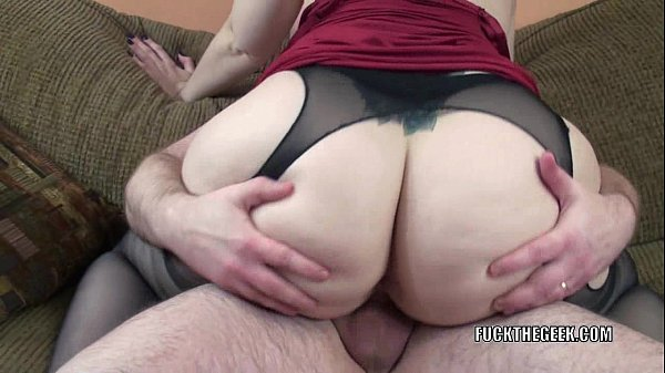 Curvy housewife Naomi St Claire is fucking a lucky geek