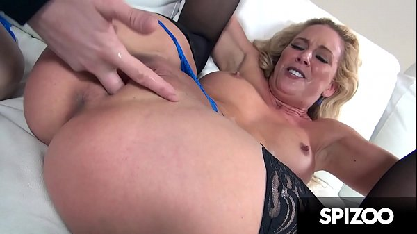 Stunning MILF Cherie DeVille gets Fucked really...