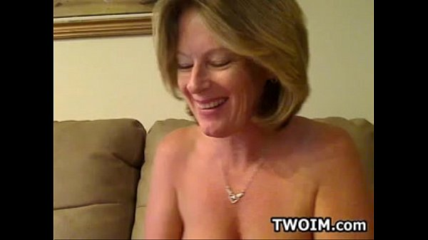 average amateur mature solo webcam