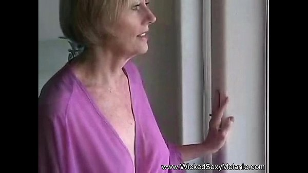 Sexy Naked Women Sucking Cock