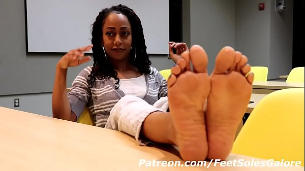 MEL COLLEGE FEET SECRET CUMSHOT USING SPERM RETENTION PREVIEW Thumb