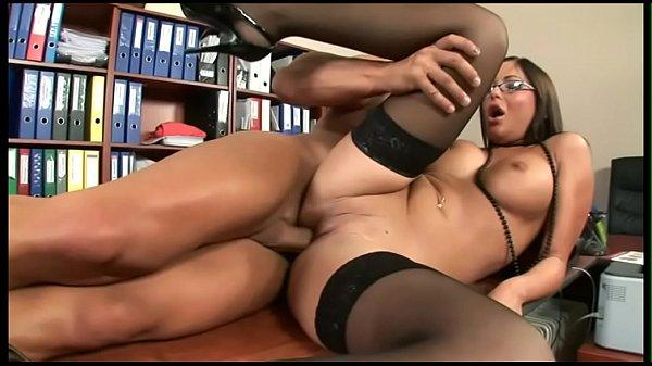 Porno scopata sorella con grandi tette