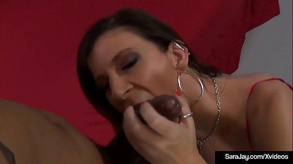 Sexy Slut Sara Jay Stuffs Her Warm Mouth & Pink Pussy With Hung Dude!