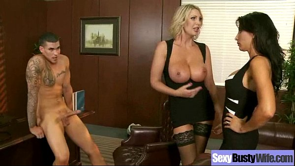 (leigh lezley) Naughty Housewife With Round Big...