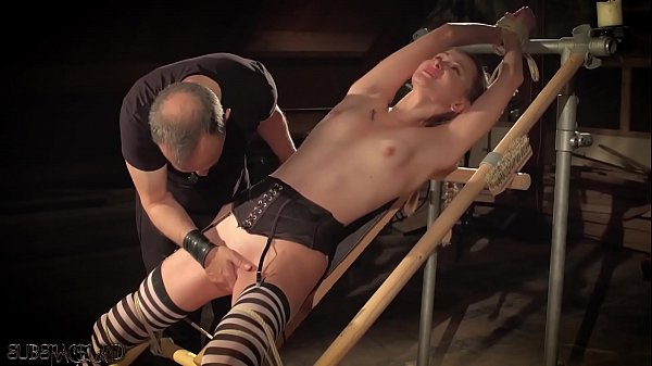 Punishing a disobedient slave in the sex dungeon