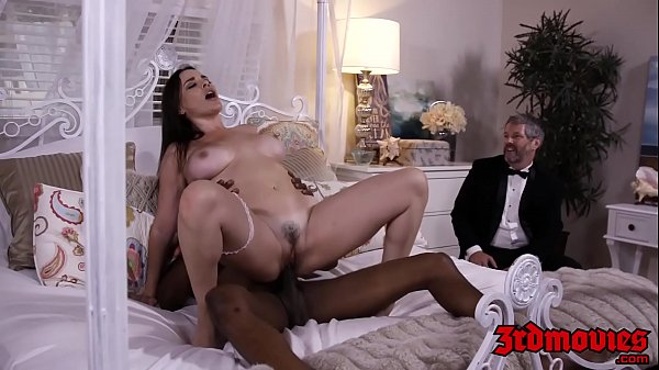 Busty mistress Dana DeArmond rides cock while hubby watches Thumb