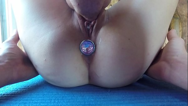 Really Wet Pussy Licking During PERIOD TIME With ANAL PLUG