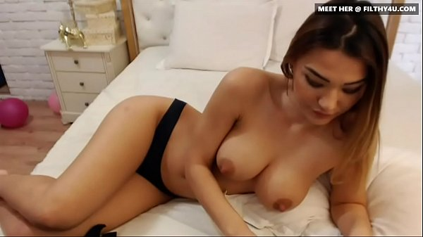 Foxy Asian Teen liz26 From Filthy4u.com Demonstrating the Goods on Cam