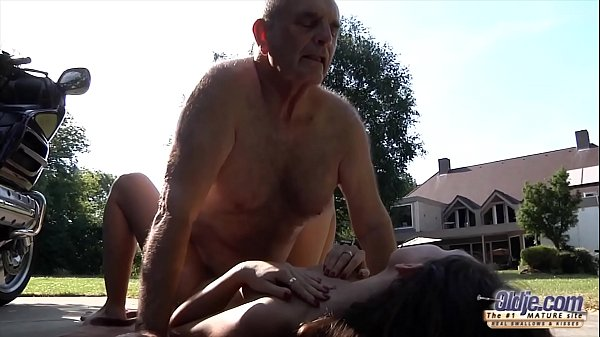 Grandpa fucks young pussy so tight and wet read...