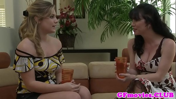 Busty lesbian milf pussylicked by babe