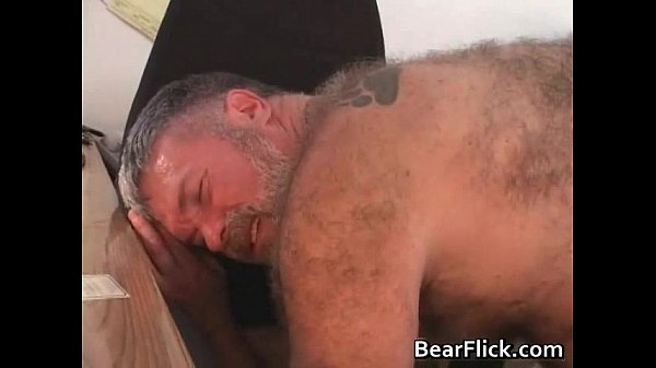Hairy beast dudes GlennBear and Rusty gay sex