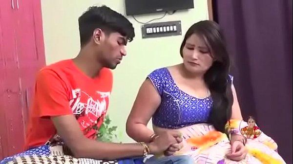 Indian Anti SeX xvideo  !!! प्यार में डूबे पवन और रिंकू !!! Thumb