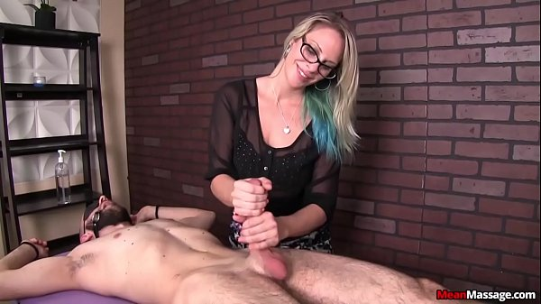 free-porn-tube-femdom-handjob