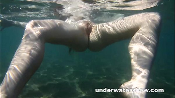 Cute Nastya is showing her beautyful body underwater Thumb