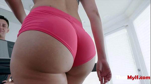 Horny Gym Trainer Fucks New MILF's Pussy- Vanessa Cage Thumb
