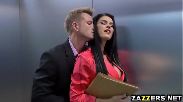 Peta Jensen sucks Bill Baileys big cock deep throat