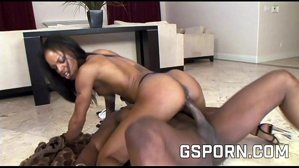 Big ass ebony milf in sexy lingerie want a bbc ...