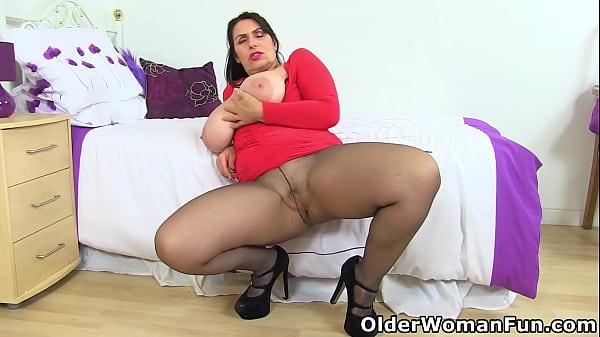 An older woman means fun part 468