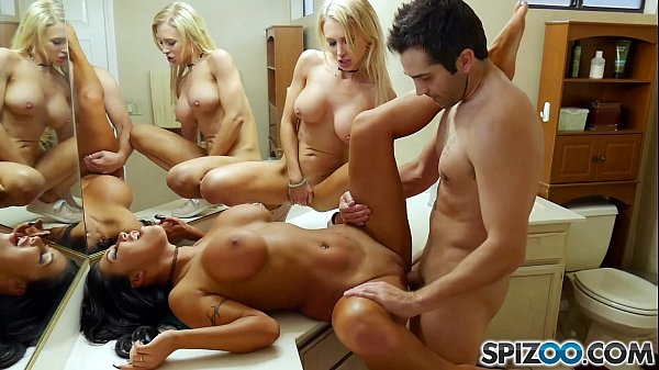 Spizoo - Watch Alix, Augus and Donnie get down and fuck each others