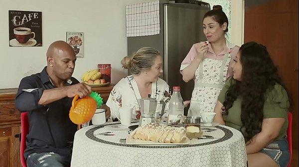 A GRANDE FAMÍLIA DA PUTARIA - O MARIDO É CORNO,...