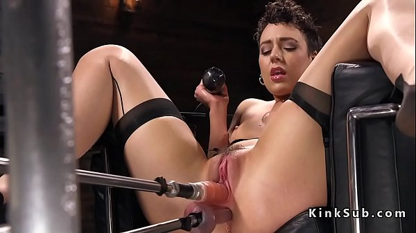 Hot ass babe in stockings rides machine Thumb